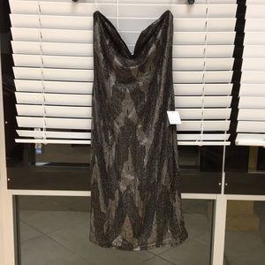 Dresses & Skirts - Shimmery gold and black dress size xl